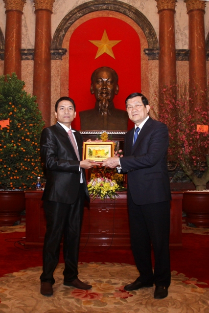 MEETING WITH PRESEDENT OF VIET NAM TRUONG TAN SANG  5/2/2015 IN HANOI